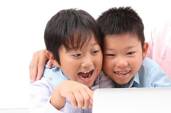 夕方は息子がアニメを、夜からは私が海外ドラマを視聴!子供も大人も楽しめるhulu