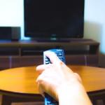 スマホの動画をTVの大画面で観たい!VODの動画をテレビに映す方法まとめ